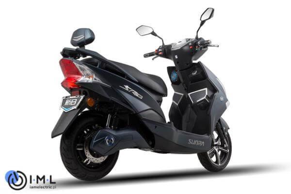 Hawk-skuter-elektryczny-iamelectric