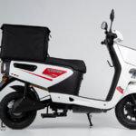 pizza-hero-bok-iamelectric-skuter-dostawczy