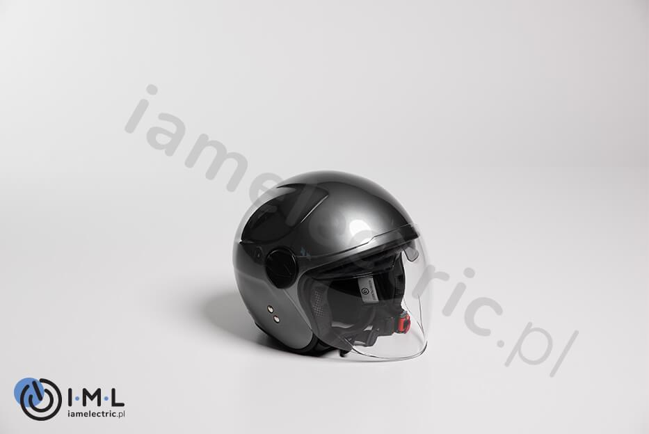 kask-motocyklowy-ciemny